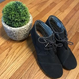 TOMS Gray Booties